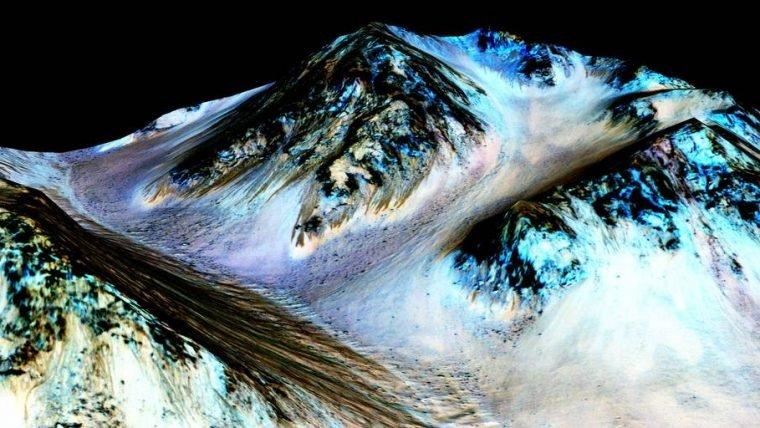 NASA encontra evidências de água em estado líquido na superfície de Marte
