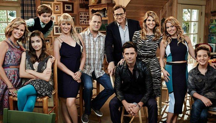 Fuller House   Danny e Tio Jesse dão as caras nos bastidores da segunda temporada