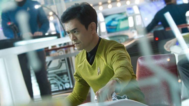 Star Trek: Sem Fronteiras   Simon Pegg tem uma explicação canônica para a orientação sexual de Sulu
