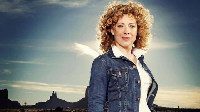 Alex Kingston vai participar do revival de Gilmore Girls