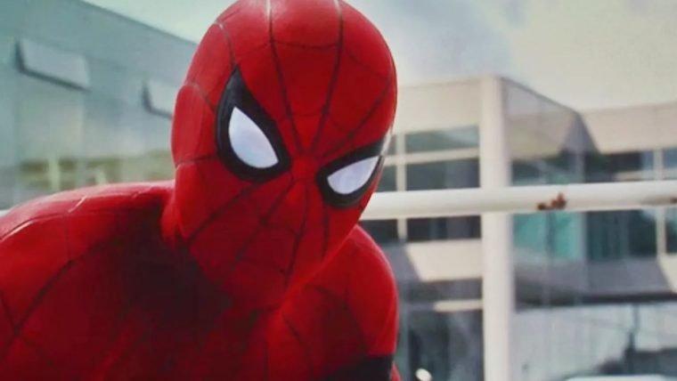 Spider-Man: Homecoming   Tom Holland aparece em beco na nova foto