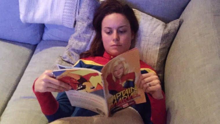 Capitã Marvel | Brie Larson compartilha foto vestida como a heroína