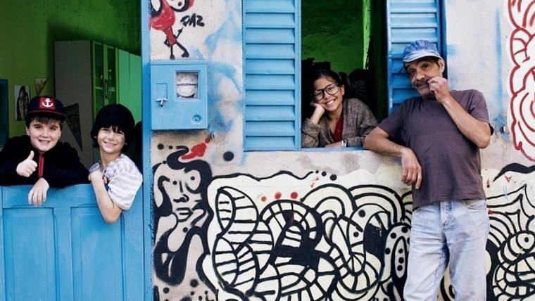 Chaves é adaptado para a realidade brasileira em curta