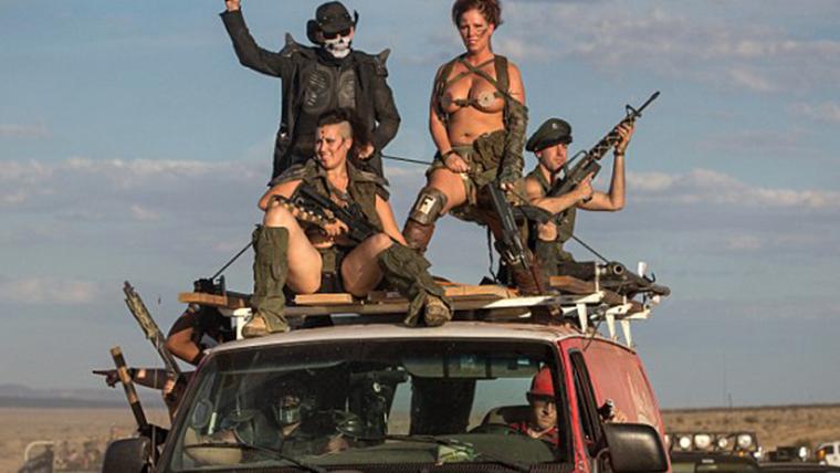 Festival inspirado em Mad Max traz a Wasteland para a Califórnia