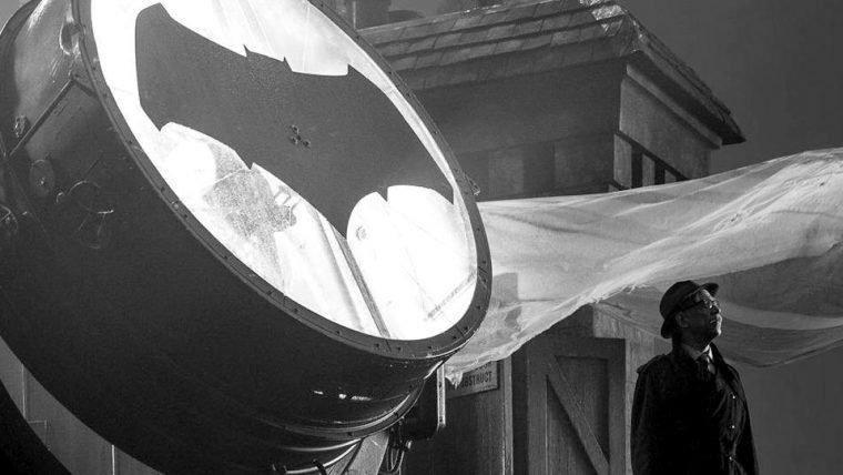 Liga da Justiça | Confira primeira imagem de J.K. Simmons como Comissário Gordon