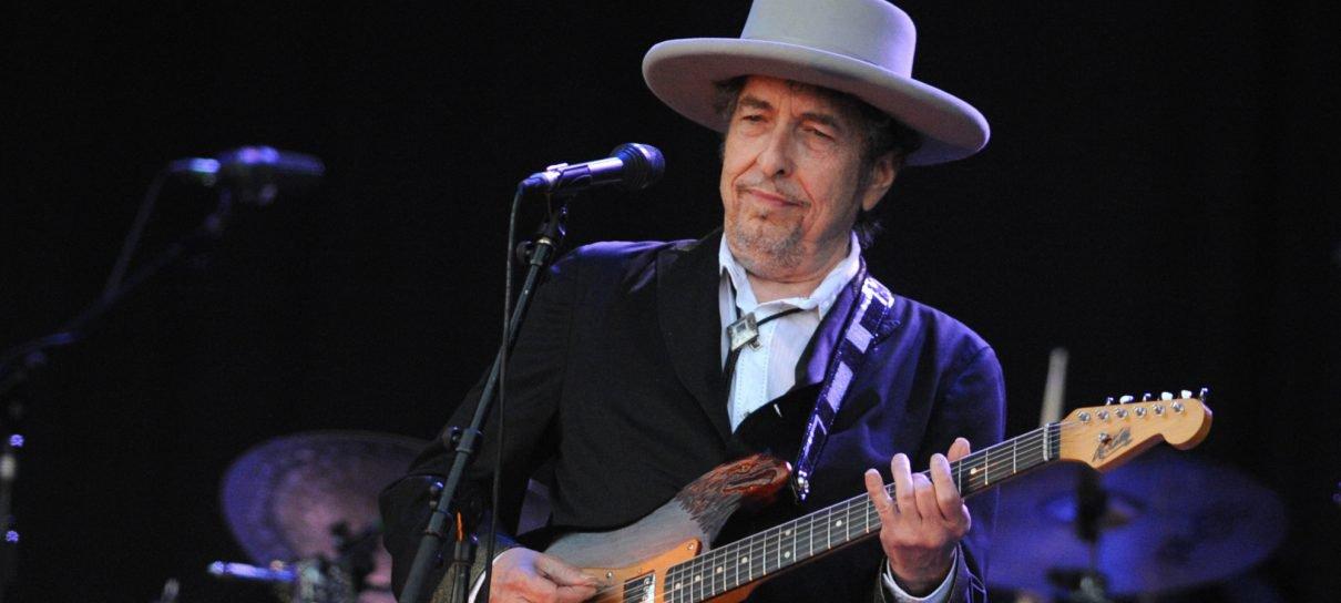 Bob Dylan finalmente se manifesta sobre seu Prêmio Nobel