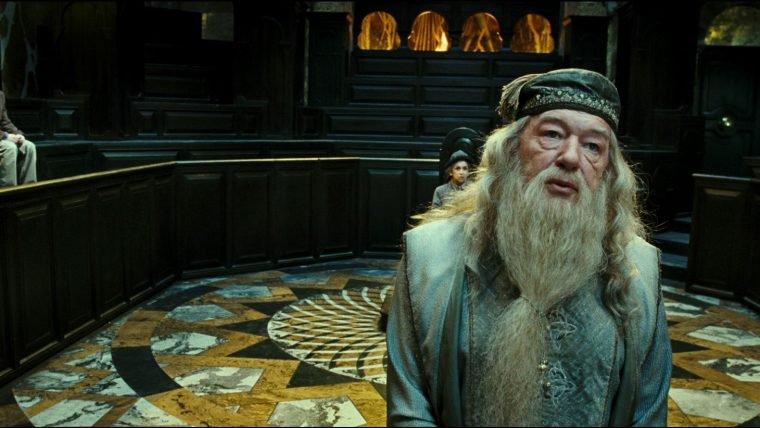 Animais Fantásticos | Dumbledore vai estar na continuação