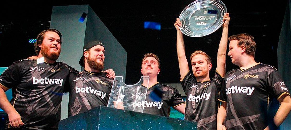 CS:GO   Ninjas in Pyjamas derrota SK Gaming na final da IEM Oakland 2016