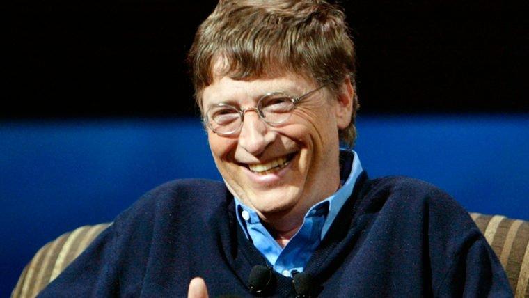Bill Gates presenteou uma usuária do Reddit secretamente com um monte de coisas nerds