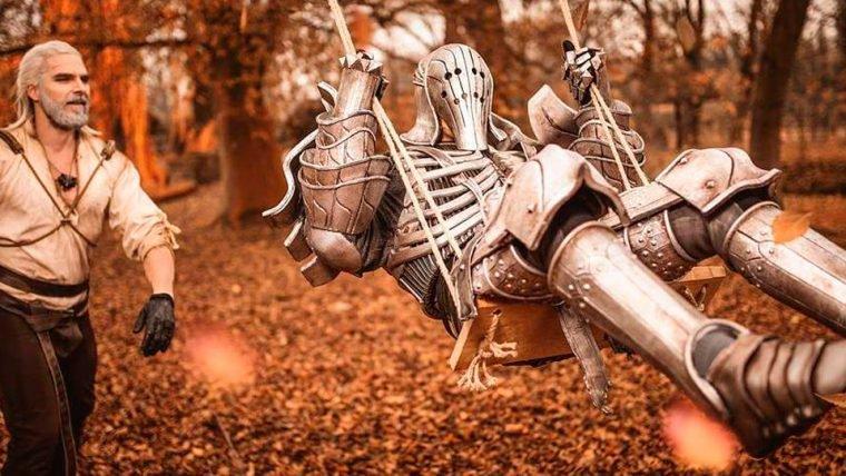 Cosplayer oficial de The Witcher 3 faz calendário sensual do jogo