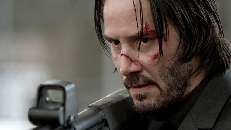 John Wick: Chapter 3 - Parabellum | Keanu Reeves cruza a cidade a cavalo em vídeo do set