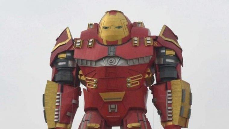 Esta estátua chinesa do Hulkbuster não é o melhor exemplo de réplica gigante