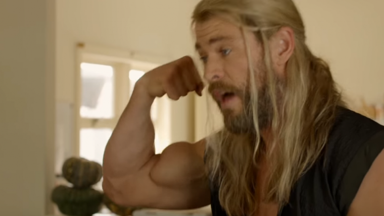 Thor e seu colega de quarto retornam para a segunda parte do documentário falso; confira