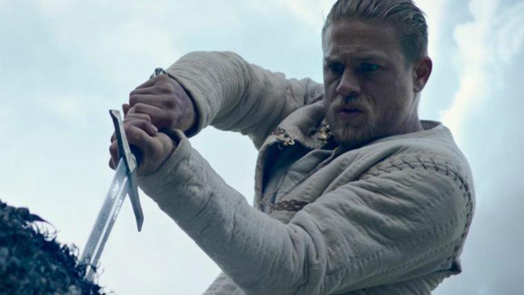 Rei Arthur: A Lenda da Espada   Um homem encontra seu destino em novo trailer