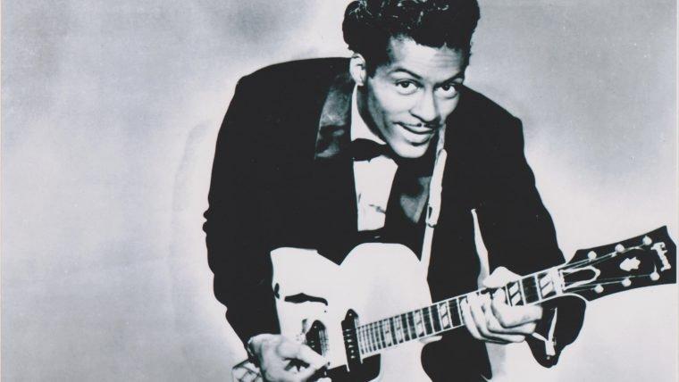 """Chuck Berry morre aos 90 anos, mas deixa um legado de """"um bilhão de anos ou mais"""""""