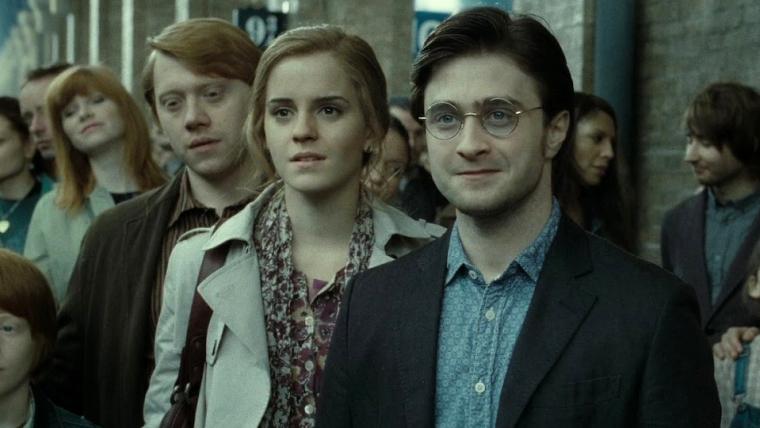 Emma Watson comenta a possibilidade de interpretar Hermione no filme de A Criança Amaldiçoada