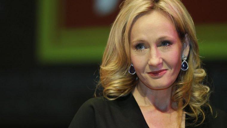 J.K. Rowling revela título de seu próximo livro