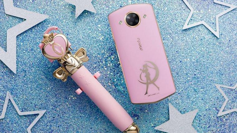 Sailor Moon | Celular e pau-de-selfie da Meitu vão trazer likes em nome da lua!