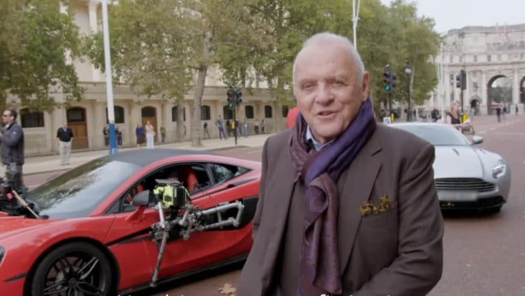 Transformers: O Último Cavaleiro   Vídeo dos bastidores traz veículos em alta velocidade