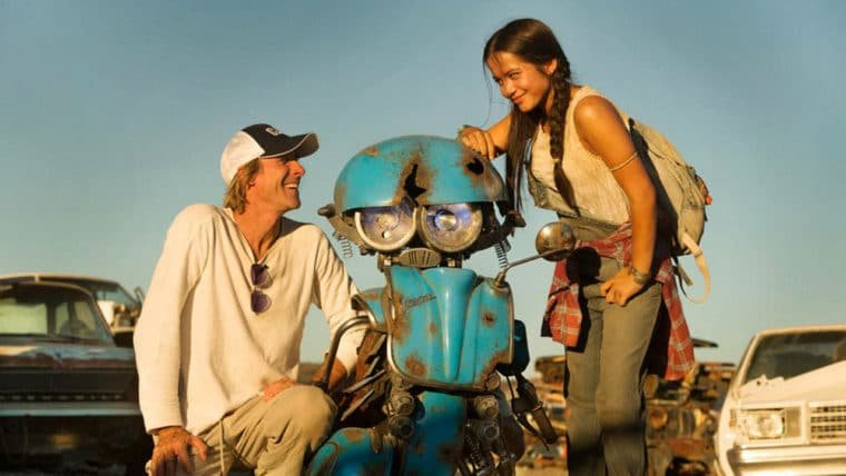 Michael Bay virá ao Brasil para divulgar Transformers: O Último Cavaleiro