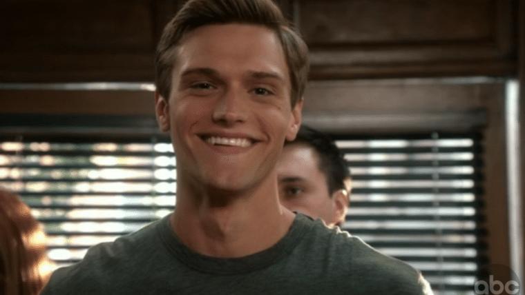 Hartley Sawyer estará na quarta temporada de The Flash