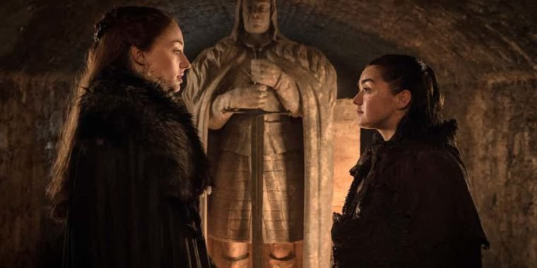 Sansa-and-Arya-Stark-in-Game-of-Thrones