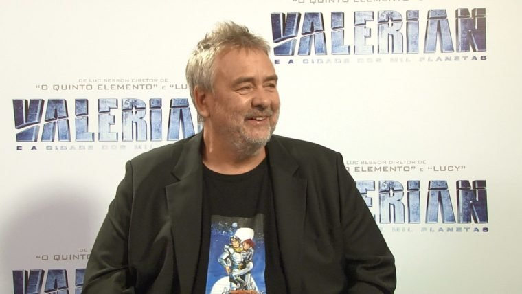 Luc Besson e Dane DeHaan falam sobre a mensagem de Valerian e a Cidade dos Mil Planetas