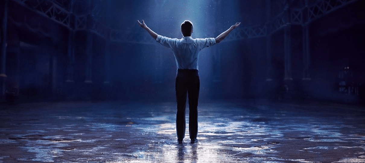 Hugh Jackman desafia o impossível no novo cartaz de O Rei do Show