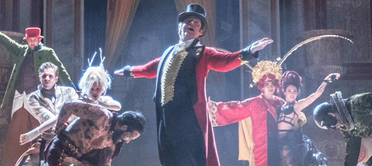 Com Zendaya e Hugh Jackman, O Rei do Show ganha novas fotos