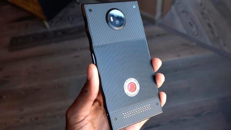 RED Hydrogen, o primeiro celular holográfico, é finalmente mostrado em vídeo