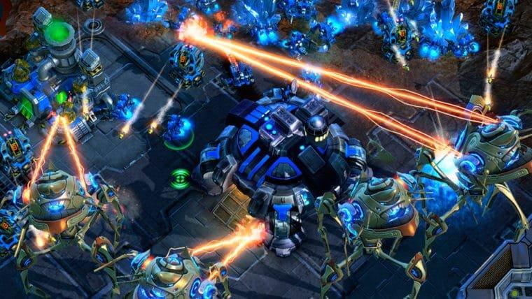 DeepMind e Blizzard estão ensinando uma Inteligência Artificial a jogar StarCraft II
