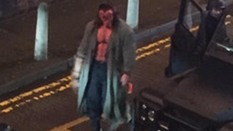 Hellboy | David Harbour veste o traje do demônio nas primeiras fotos do set