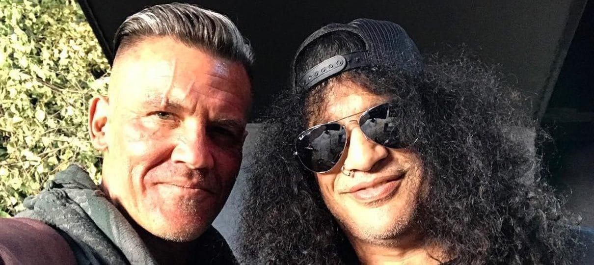 Josh Brolin tira selfie com Slash no set de Deadpool 2
