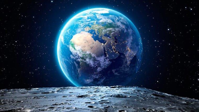 Rapper B.o.B. inicia financiamento coletivo para ver se a Terra é plana vista do espaço