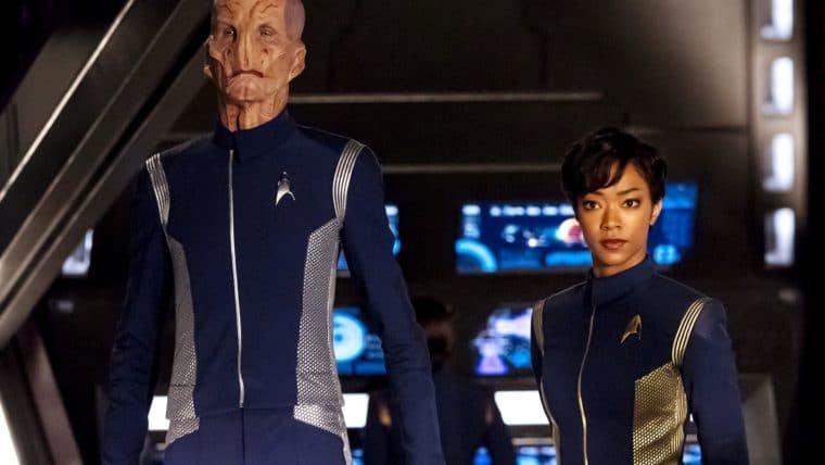 Seja parte da Discovery com esses uniformes de Star Trek!