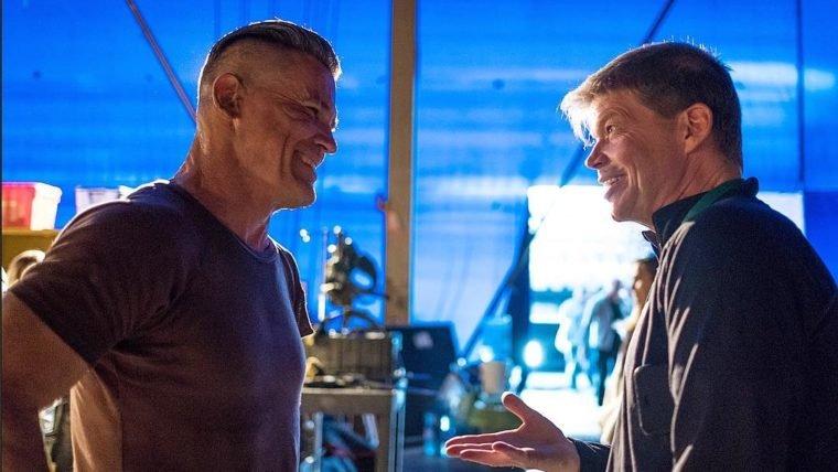 Deadpool 2 | Rob Liefeld conhece o Cable em nova foto do set