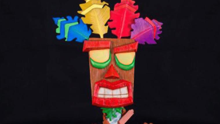 Aku-Aku, de Crash Bandicoot, ganhará réplica fiel em tamanho real