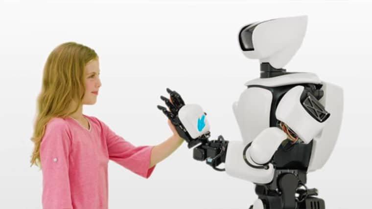 Novo robô humanoide da Toyota é capaz de imitar movimentos precisos do usuário
