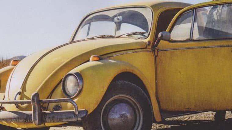 Bumblebee aparece em sua versão clássica na primeira foto do filme