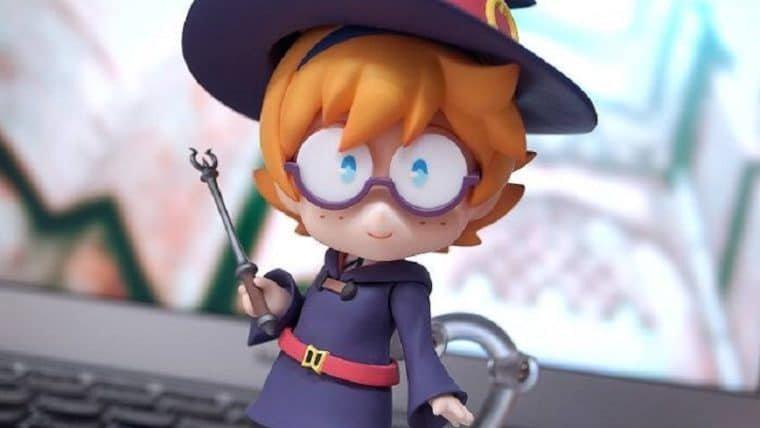 Deixe esse Nendoroid da Lotte, de Little Witch Academia, encantar você