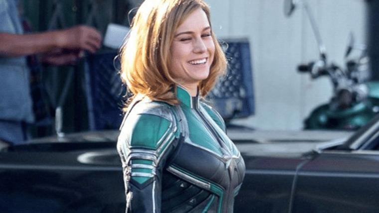 Novas fotos mostram Brie Larson usando o uniforme da Capitã Marvel