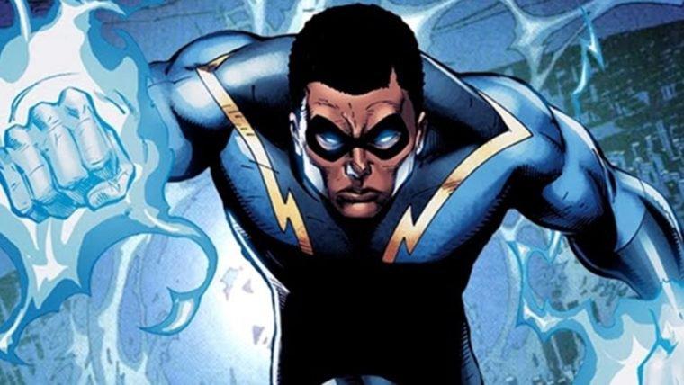 Raio Negro aparece em novo trailer de crossover entre os super-heróis da CW