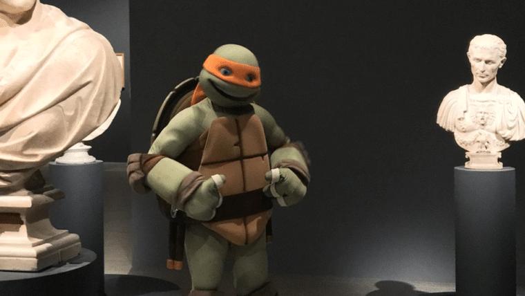 Michelangelo visitou a exposição de Michelangelo nos EUA