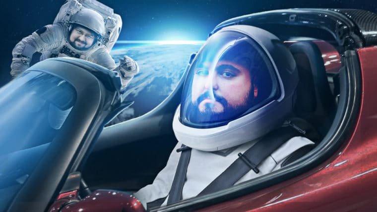 Tem um carro no espaço!