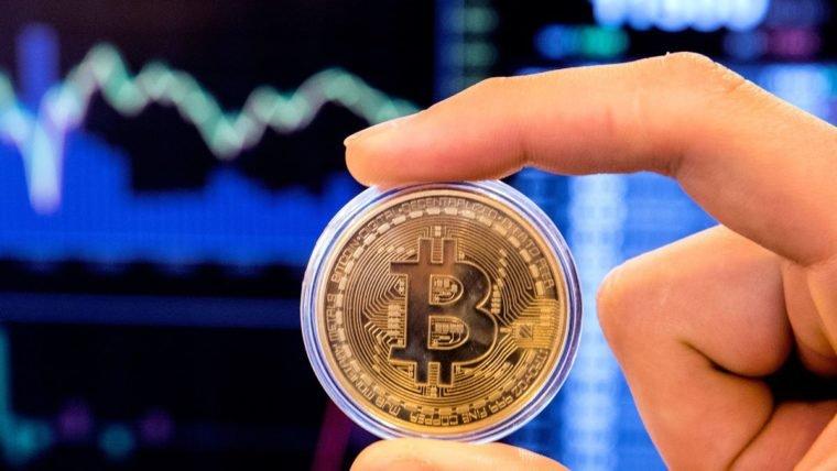 Aplicativo de compra e venda de criptomoedas tem feito cobranças indevidas a seus usuários