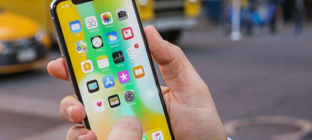 iOS 12 compartilhará a localização do iPhone automaticamente em ligações de emergência