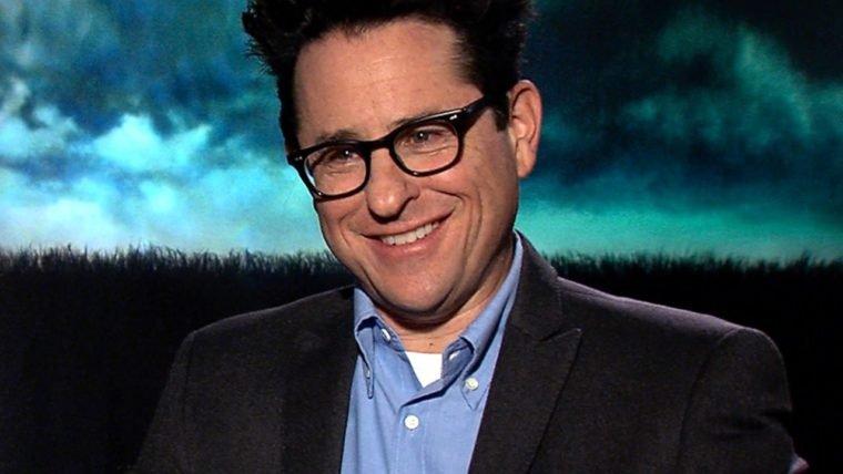 J.J. Abrams terminou de escrever o roteiro de Star Wars: Episódio IX
