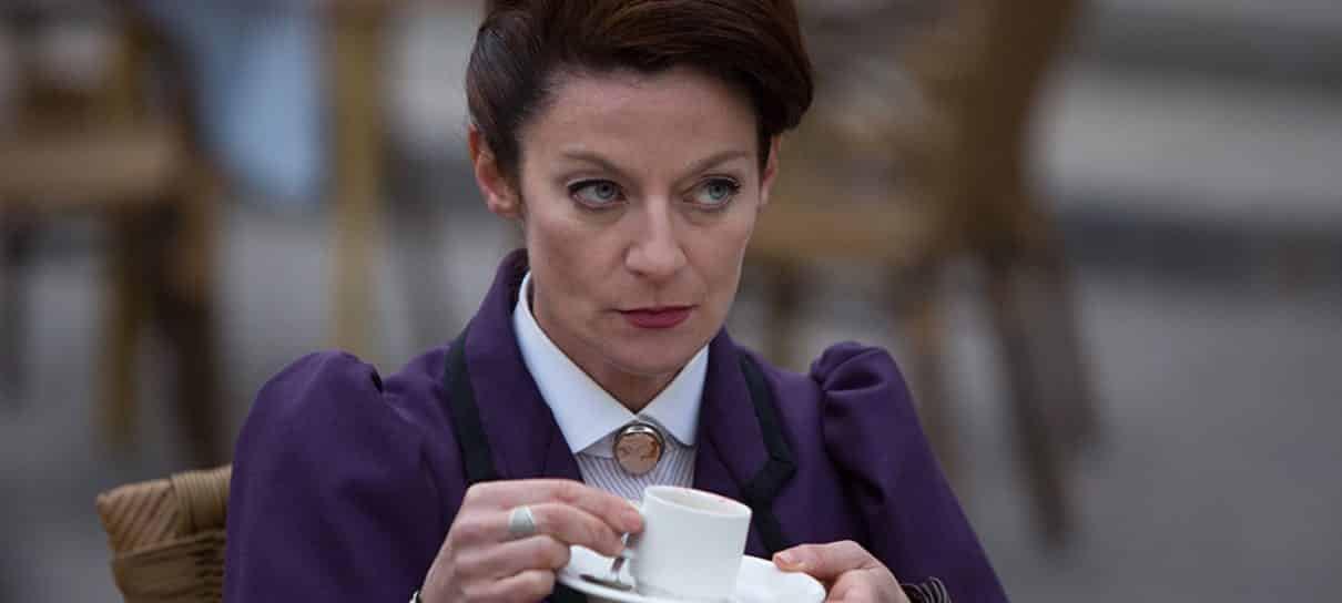 Michelle Gomez, de Doctor Who, será vilã do reboot de Sabrina, a Aprendiz de Feiticeira