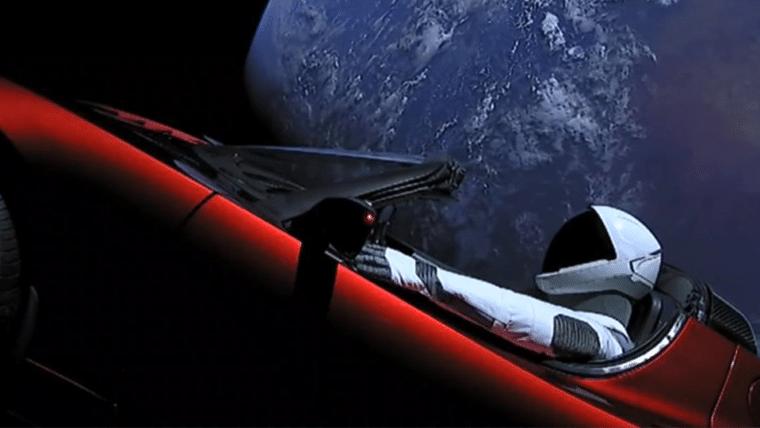 Mais de 2 milhões de pessoas assistiram ao lançamento do foguete Falcon Heavy