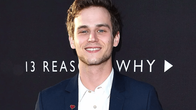 Ator de 13 Reasons Why entra para o elenco da terceira temporada de True Detective